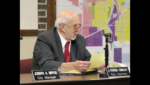 COMMERCIAL-NEWS | ROBERT TOMLINSON - Three Rivers City Attorney J. Patrick O'Malley discusses the city's attempt to look into hybrid commission meetings during discussion at Tuesday's Three Rivers City Commission meeting.